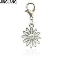 Pendente di fascini di stile romantico del fiore di goccia del metallo della goccia del metallo della lega di JINGLANG per la fabbricazione dei monili della collana del braccialetto di DIY
