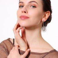 Boucle d'oreille brillante parsemée de perles Gouttes Goujons Mode Zircons colorés Fleur du Soleil Dangle Boucles d'oreilles Cristal Goutte