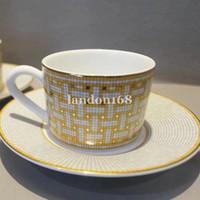 Классическая кость China Cup и блюдце керамический кофе набор фарфоровой кофейной чашки и сакве чай набор.