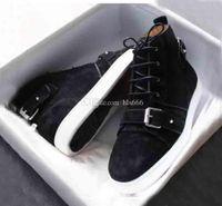 Sapatos homens Mid Botas Sneakers Suede Red solas com fivela de cinto plana parte inferior vermelha sapatilha homens e mulheres sapatilhas do desenhista Shoes Formadores Marca
