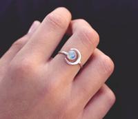 Neue 925 Silber Überzogene Blau Mondstein Ringe für Frauen Einstellbar Mond Edelstein Fingel Ring Weibliche Verlobung Geburtstagsgeschenk Schmuck