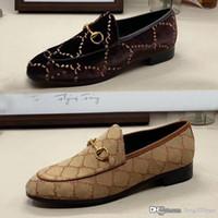 Tasarımcı Düz erkekler rahat ayakkabılar Otantik sığır derisi Metal toka lüks kadife kadın Elbise ayakkabı deri Trample Tembel tekne ayakkabı boyutu 34-46 42
