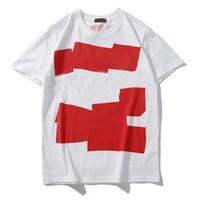 Tasarımcı Gömlek 2019 Yaz Erkekler Kadınlar için Rahat T Shirt Tops Kısa Kollu Gömlek Marka Giyim Mektubu Desen Baskılı Tees Ekip Boyun