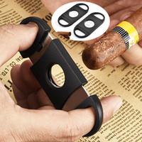 Pocket Portátil Cuchillas Doble Cuchillas Cuchillas Cigarro Acero Inoxidable Tijeras Cizals 9 * 4 cm Herramienta de humo Corte Negro