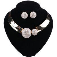Luxe femmes Bijoux Bijoux Cristal Colliers Collier en alliage Déclaration Choker Pendentifs bavoir Ensemble de bijoux collier boucles d'oreilles