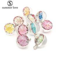 Уникальный дизайн мяч форма 20 мм сушеные цветок стекло кулон Шарм для ожерелье серьги Harajuku стиль прозрачный Diy ювелирных изделий Шарм