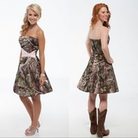 Short Camouflage Country Bridesmaid Dresses Strapless Summer Mini Camo Pink Wedding Party Guest Dresses Fashion Prom Gowns