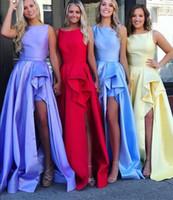 Split Side Long Bridemaid Dresses 2019 새로운 민소매 스쿠프 목 삐죽 층 길이 얼룩 웨딩 파티 가운 들러리 드레스