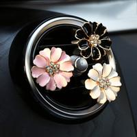 Perfume de coches videoclip Inicio esencial del difusor del aceite para el coche Locket clip de la flor del coche ambientador de aire acondicionado Vent Clip