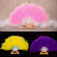 28 Staves plegables Accesorios de boda 13 Colores con estilo Suave y esponjosa Ventilador de mano Ventilador de plumas de mano Vestido de traje de baile accesorios