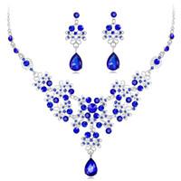 2020 Sistemas de la joyería Nueva novia accesorios de la boda aretes collar de joyería con gotas de agua cristalina del Rhinestone de la manera fija Bidal BW-CA616