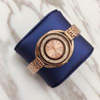 سيدة الماس TOP أزياء المرأة نمط جديد ووتش الصلب كاملة سلسلة ساعة اليد الفاخرة ساعة كوارتز ساعة جودة عالية الترفيه مصمم أزياء