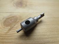 Özgün Tasarım GFK CNC İşlenmiş TC4 Titanyum Alaşım Tırtık EDC DIY GB ASP Handcuff Anahtar Yetişkin SM Araçları Anahtar Bıçak Güz kolye