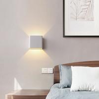 LED 6W 야외 벽 빛 아래로 IP65 방수 흰색 검은 현대 벽 비품 램프 86-265 외관 홈 조명 크레스트