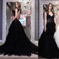 Robes de mariée Gothique Sexy Black Gothic Robes de mariée Plus Taille A Ligne Dentelle Robe de mariée creuse creuse appliquée