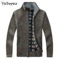 Yutwpez Manteaux Pull hommes occasionnels d'hiver marque de mode Hommes Gilet Col poches Outwear en maille Manteau Pull Homme
