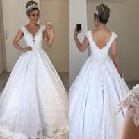 2020 robe de mariée élégante robe de mariée sans rechange à col V Col de dentelle perles de robe de boules longues robes de mariage et de robe de soie taille