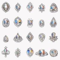 100Pcs / Lot K9 Glaskristall Flamme AB Strass Gems Legierung 3D Diamant-Steinschmuck Glitter Maniküre Zubehör Nagel Charm