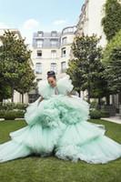 Hermosas volantes muy hinchados Vestidos de bolas de tul Moda Tuleed Tulle Long Destaces Mangas cortas 2020 Vestidos de prom PLUS TAMAÑO