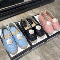 مصمم الأحذية الكلاسيكية الفاخرة صياد النساء سيدة الأحذية المسطحة عارضة معدنية مشبك 100٪ جلد السيدات كسول أحذية قارب حجم 35-41 US4-US10