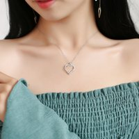 Geometric Micro-inlay Zircon Heart Pendant Necklace For Women Cute Short Clavicle Necklaces Fashion Alloy Jewelry Accessories Wholesale