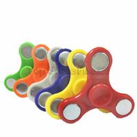 Zappeln Spinner Hand Spinner Tri Zappeln Ball Schreibtisch Fokus Spielzeug EDC für tödliche Zeit für Kinder Erwachsene VS Zappeln Cube zufällige Farbe