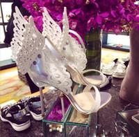 والجلود سيدة الزفاف الأبيض حجر الراين جناح فراشة الصنادل أحذية للنساء الزفاف