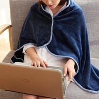 Мягкая теплая фланель Одеяло плащ с зимы Теплые Сплошные кнопки Цвет носимого Одеяло носимого Ленивый Одеяло плаща 5 цветов DBC DH0677