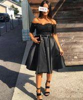 Cocktail Crottail noir Robes à manches courtes à manches courtes Longueur du genou Appliques Sash Femmes Femmes Soirée Robes de Prom Vestidos de Cóctel