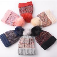 Kadın Ponpon Beanie Şapka Moda Kış Renkli Örme Kürk Topu Şapka Açık Nedensel Sıcak Örgü Tığ Kayak Kap TTA1516