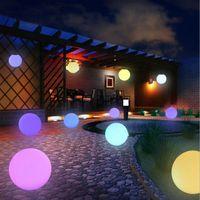 Accesorios de la piscina 16Color IP54 RGB LED USB recargable flotante de la bola mágica de la bola de las lámparas de fiesta con control remoto