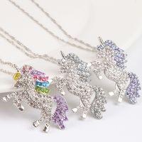 Moda Bling dışarı buzlu unicorn At kolye kadınlar Için Parlak kristal hayvan Kolye zincirleri Lüks Takı Hediye