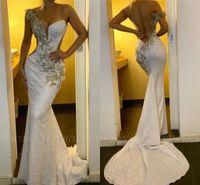 Blanc Sexy une épaule sirène africaine des robes de bal Vintage dentelle Appliqued dos ouvert Robe du soir longue fête officielle Robe