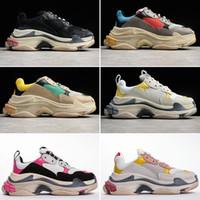 2020 Nova Moda Triple S 17FW Pai Sapatos Melhor Qualidade Triple-s Sapatos Treinador Zapatos Homens Mulheres Correndo Tênis Esporte 35-45