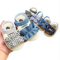 Bebé sandalias antideslizantes del niño primeros zapatos del caminante de los niños Dot arco sandalias de playa recién nacidos suave de los zapatos ocasionales Lovely Girls plana soles 9 Estilo CYP325