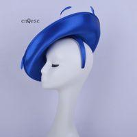 2019 Cappello da chiesa per cappelli da cerimonia da donna con ciondolo in raso blu royal di grandi dimensioni per la doccia nuziale madre della sposa con piume