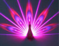 Télécommande sept couleurs paon projection mur lampe de nuit lampe de nuit LED lampe décorative arc-en-ciel USB