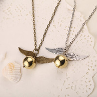 1 new Feather Angel wings Necklaces Geometric round Gold Sni...
