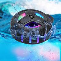 Kingone K218 Impermeable IP67 Bluetooth STEREO STEREO Altavoz flotante Bass Subwoofer al aire libre Subwoofer con micrófono LED Luz Altavoces