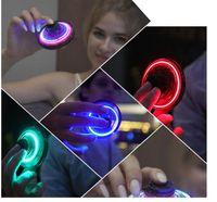 Mini Fidget Finger Spinner Flying Spinner Retornando Giroscópio Ao Ar Livre Gaming Saucer UFO LED piscando brinquedo para crianças adultos