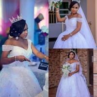Bolsa de tul blanco vestido de banda de hombro Berted Princess Berta Princesa Tallas Africano Vestidos de novia Africano Bling Bling Queen Bling Book 2019 H009