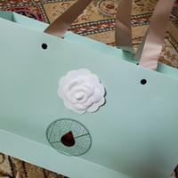çanta, ayakkabı veya kart DIY el yapımı takı aksesuar C VIP sopa için 8pcs / lot Beyaz renk kamelya DIY Bölüm 7X7CM Kendinden yapışkanlı kamelya