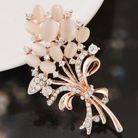 Dress modelli esplosione lusso squisito dell'occhio di gatti opale con strass goccia dell'acqua del fiore corpetto accessori di moda dei monili delle donne Spille Pins