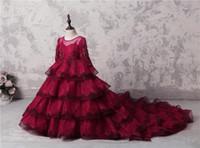 Increíble de múltiples capas de chicas del desfile de los vestidos de encaje rojo oscuro de manga larga Apliques granos de la flor vestidos de la muchacha Para vestido de boda del partido de tren de largo