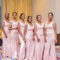 2020 아프리카 핑크 진주 Mermiad 신부 들러리 드레스 싼 긴 V 넥 웨딩 게스트 가운 흑인 소녀 댄스 파티 가운 BM0926