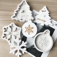 Silicone Bakeware Stampi per DIY del fiocco di neve albero di Natale appeso cuociono l'attrezzo bambini Portachiavi profumo dell'automobile Ciondolo Cake Decoration HH9-2598