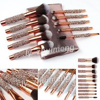 Pinceaux de maquillage 10 pièce Set diamant de luxe Brush + sac cosmétiques Kit de brosses pour le visage et les yeux fard à paupières eye-liner sourcils poudre fond de teint poudre