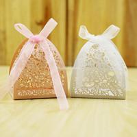 50шт кружева цветочного дизайна лазерной резки Свадебные конфеты коробка подарка венчания коробки для гостей Свадебной и подарки партии украшения