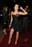 Celebrity Little Black LaceOrganza Cocktailjurken Sweetheart Rits Terug Korte Prom Dress Cascading Ruches Mini Party Jurken