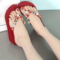 Venta caliente-zapatillas de mujer con diamantes de imitación zapatillas de plataforma de verano Bohemia chanclas de playa cuñas de cristal poco profundas para mujeres